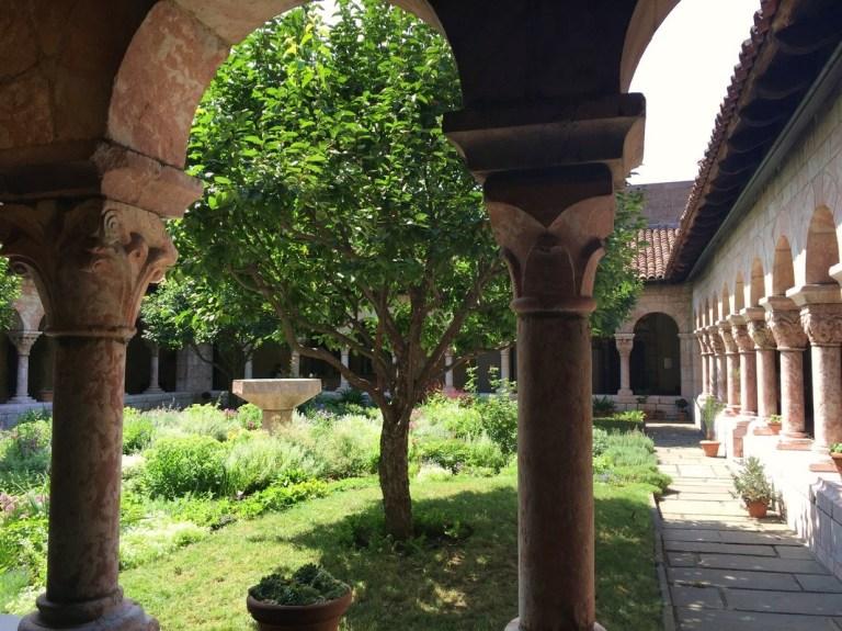 claustro 2