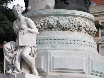 Monumento a Mª Cristina reina regente